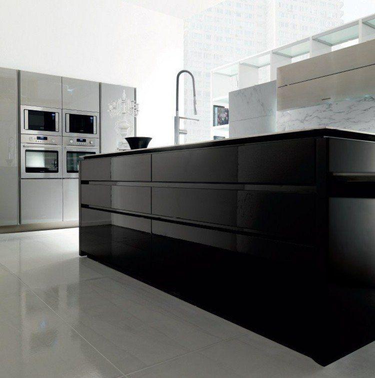 îlot de cuisine noir laqué, placards gris taupe et carrelage sol ...