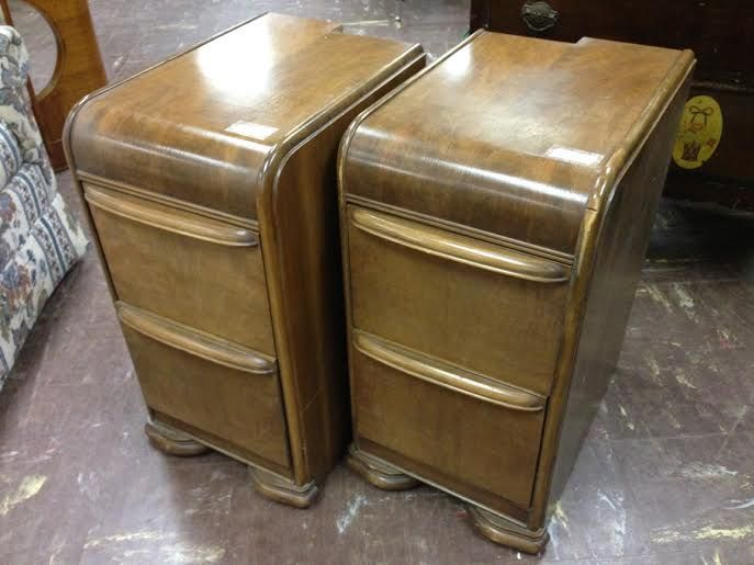 someone took an art deco waterfall style vintage vanity then removed the center section to make these two night stands the nightstands have two nice sized