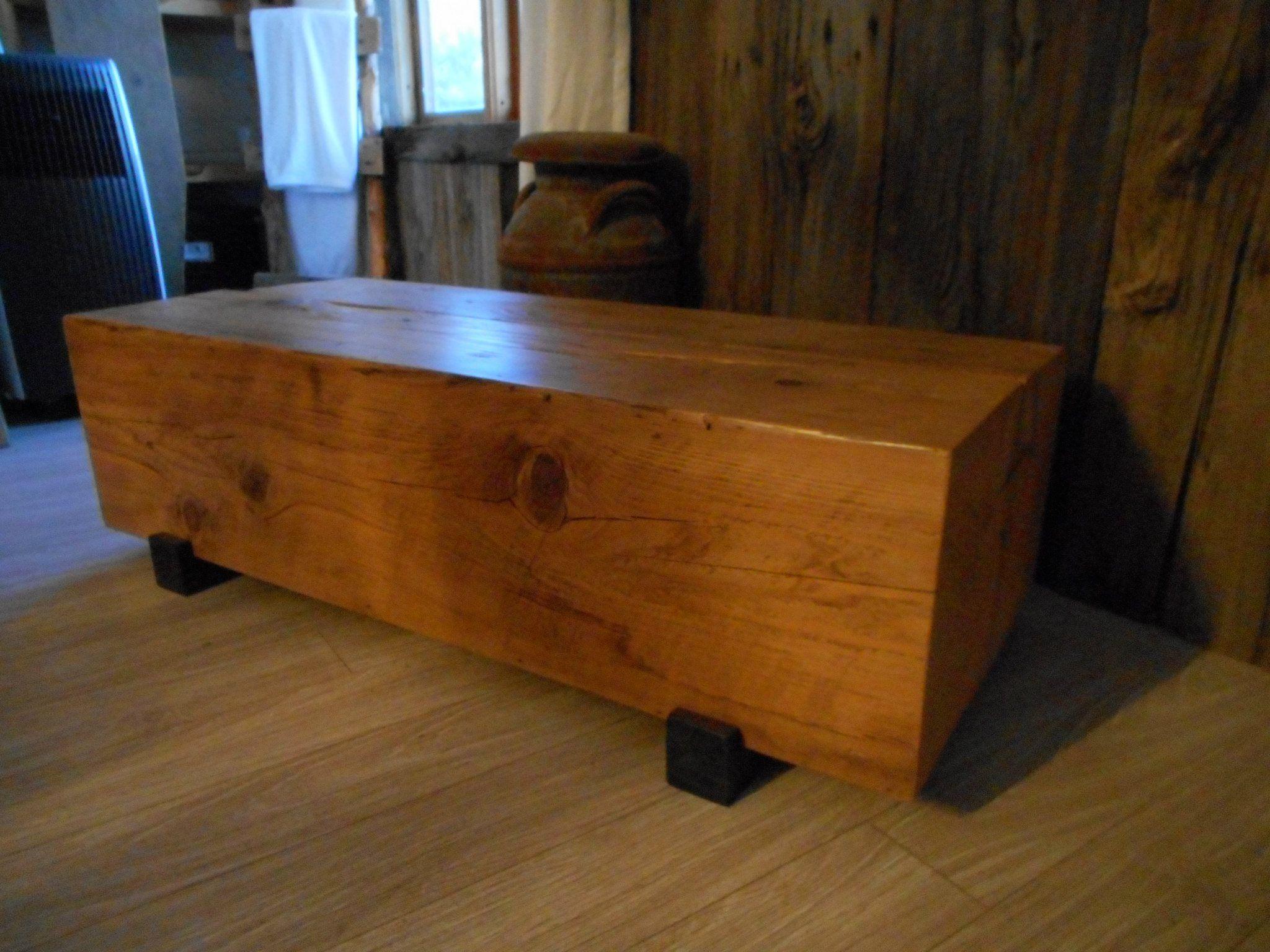 Table De Salon En Poutre De Bois De Grange, Produit
