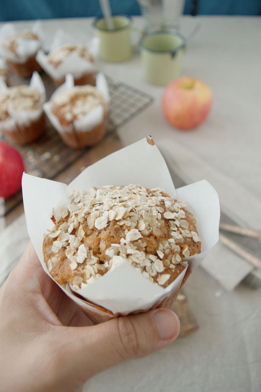 HONEY, APPLE, OATMEAL MUFFINS, THE EASIEST I KNOW (Scroll down for the English recipe) Le he cogido el gustillo a hacer muffins , sobr...