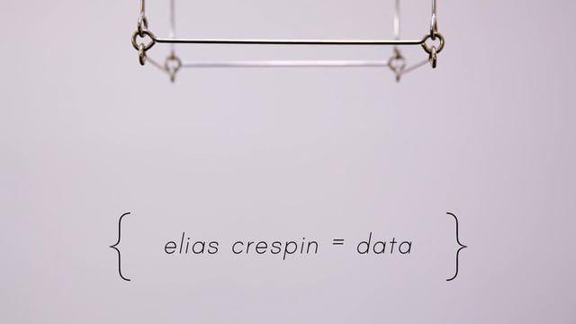 En la intimidad de su taller, el artista Cinético Elias Crespin nos cuenta sus inicios y su trabajo; y como la curiosidad fue la puerta a reflexiones y conocimientos que lo llevaron fusionar dos universos: el arte y los algoritmos matemáticos.  Dans l'intimité de son atelier, l'artiste cinétique Elias Crespin nous raconte ses débuts et son travail ; et comment, mué par la curiosité ses réflexions et ses expériences l'ont amené à fusionner deux univers : l'art et les algorithmes mathéma...