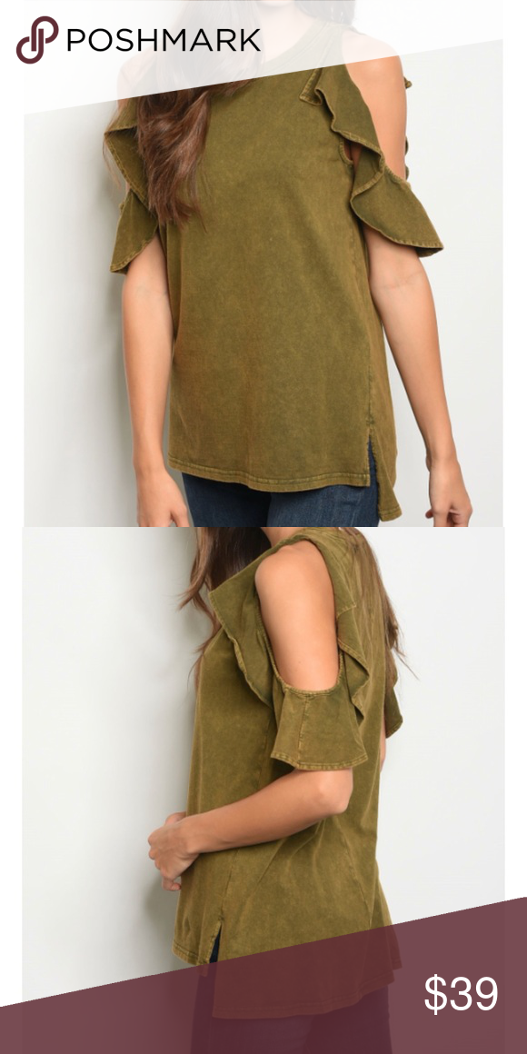 be6a38a2cf86ec Olive green cold shoulder ruffle top Olive green cold shoulder ruffle top.  Short sleeves A perfect transition piece for fall.