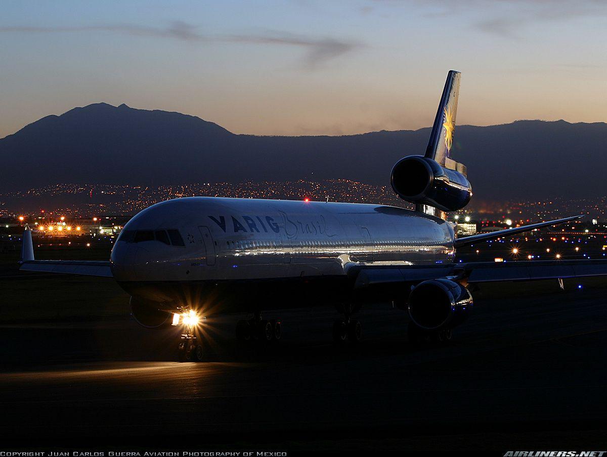 McDonnell Douglas MD11/ER Varig Aviation Photo