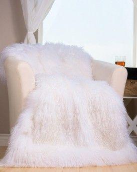 Real Fur Blankets Fur Throws Fursource Com Fur Blanket Faux Fur Bedding Fur Bed Throw