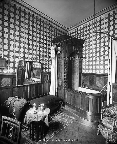 Inside Victorian Homes Bathrooms | Victorian bathroom ...