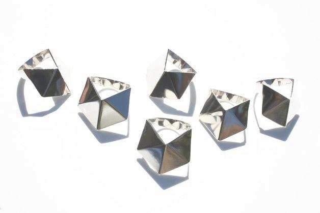 Geom Ring R01