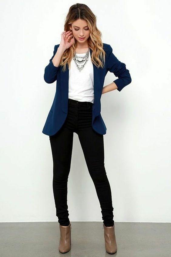 blazers chic pour femme moda tenue vestimentaire. Black Bedroom Furniture Sets. Home Design Ideas