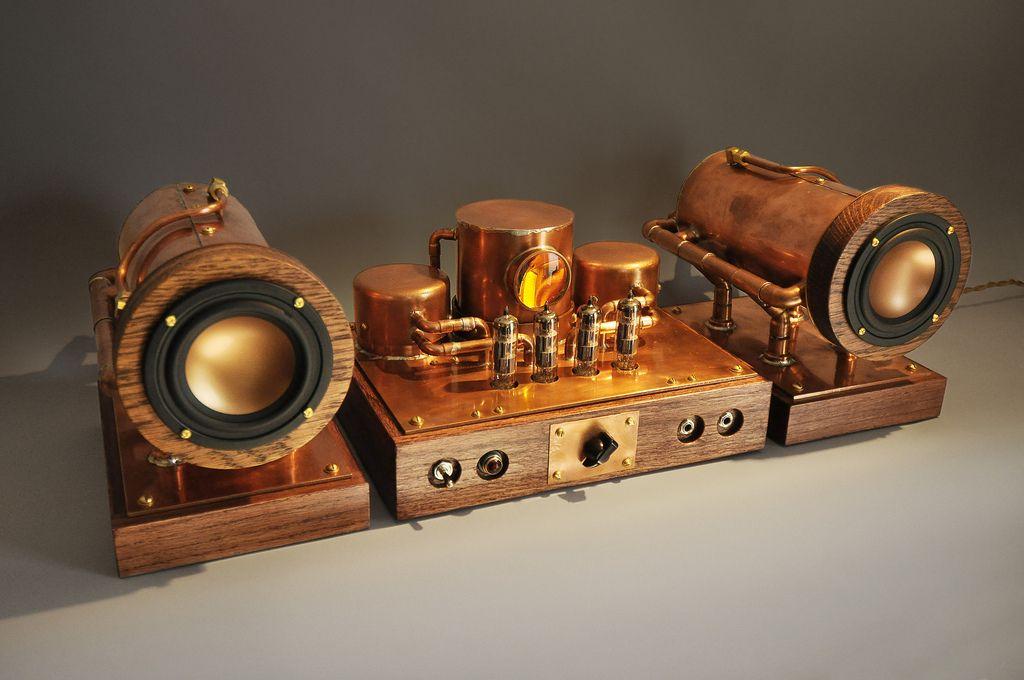 steampunk inspired tube amplifier coppersteam sculptures et objets d coratifs steampunk. Black Bedroom Furniture Sets. Home Design Ideas