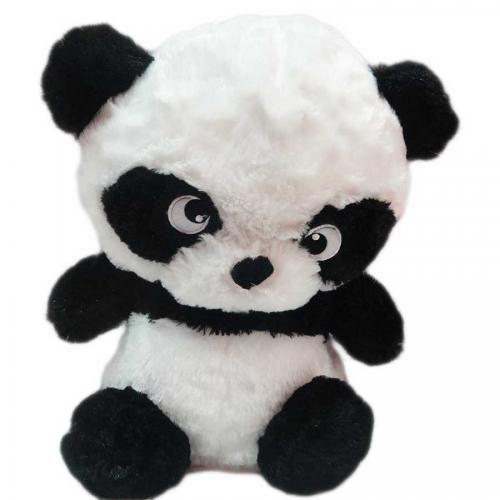 Oso panda con ojos grandes.