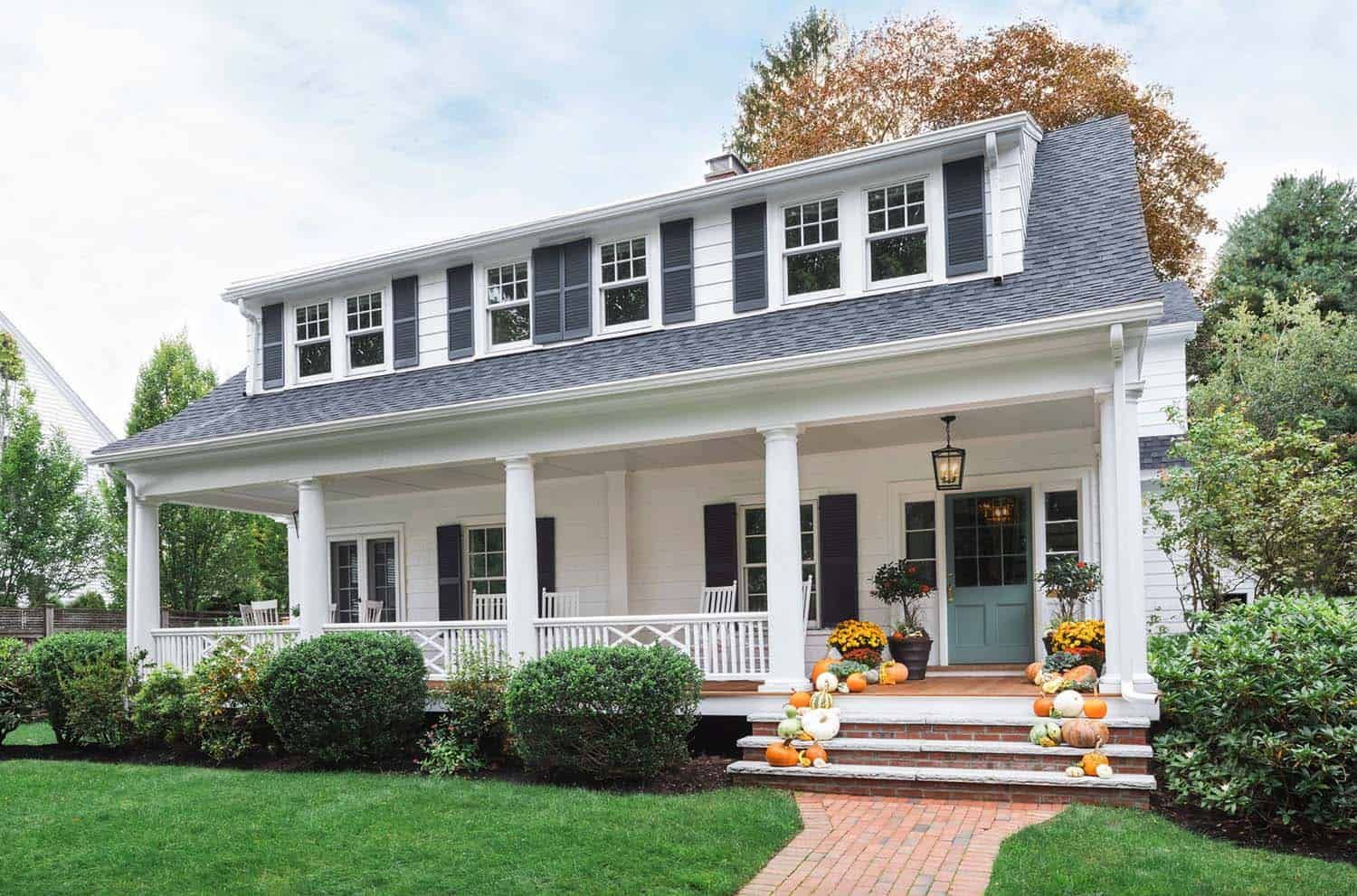 Beautifully renovated Dutch Colonial style home nestled in