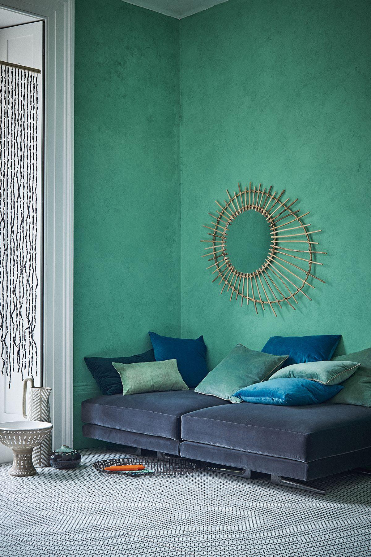 Blue Lagoon and Mediterranean hues: green and blue living ...