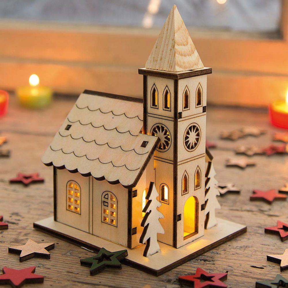Kirche mit led beleuchtung lichthaus weihnachtshaus for Weihnachtsideen dekoration