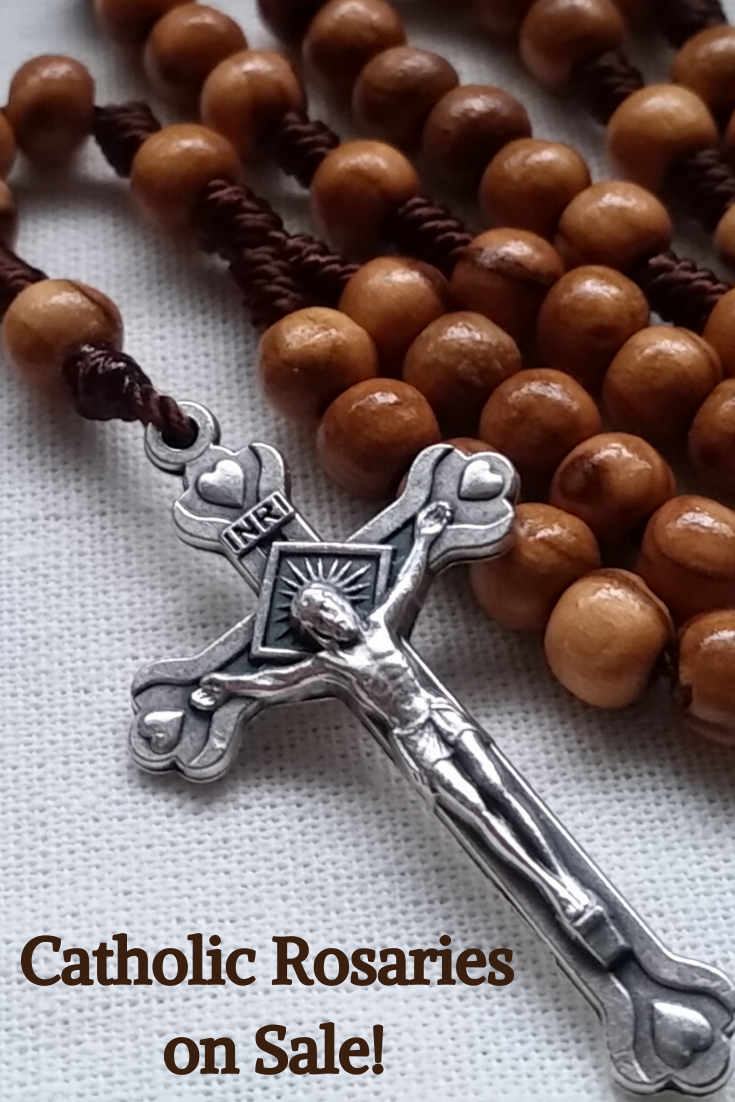 Olive wood rosary with 6mm wooden prayer beads and a metal crucifix. Fits comfortably in the hand and small enough to fit in your pocket. Great Catholic gift for women and girls! Free shipping in the U.S. ©2020 Barbara G. McLaughlin - Handmade Catholic Rosaries for Sale – www.BarbMcLaughlinArt.etsy.com #catholicrosaries