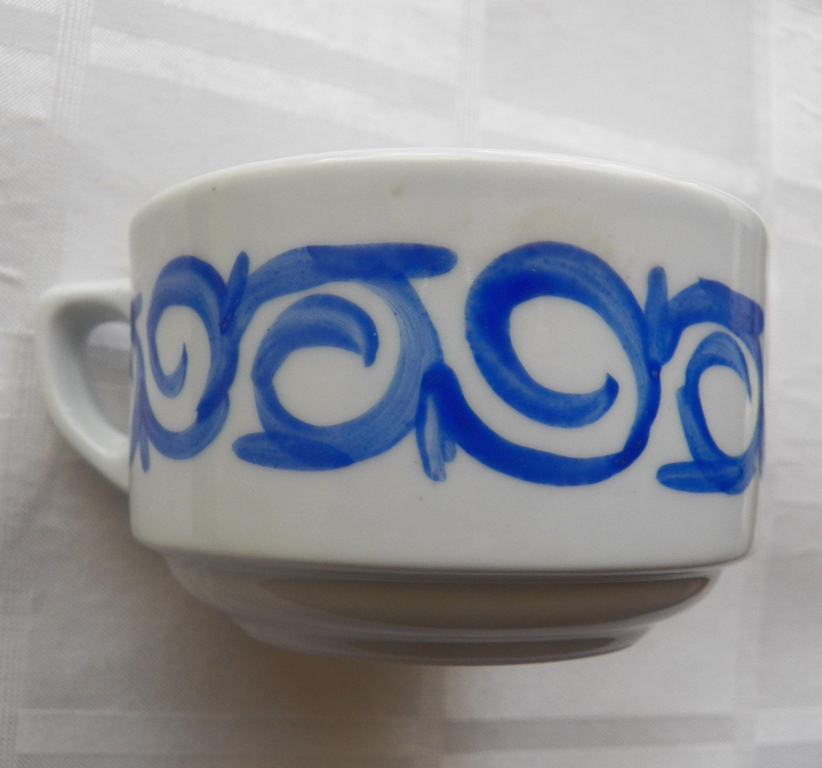 !!!PRESUMED SOLD!!! - Garage Sale: Cups, Jugs, Knockbox