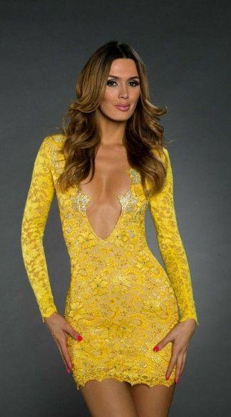 愛!ハードな熟女とガーデナーがどのようにドレスをしたいか