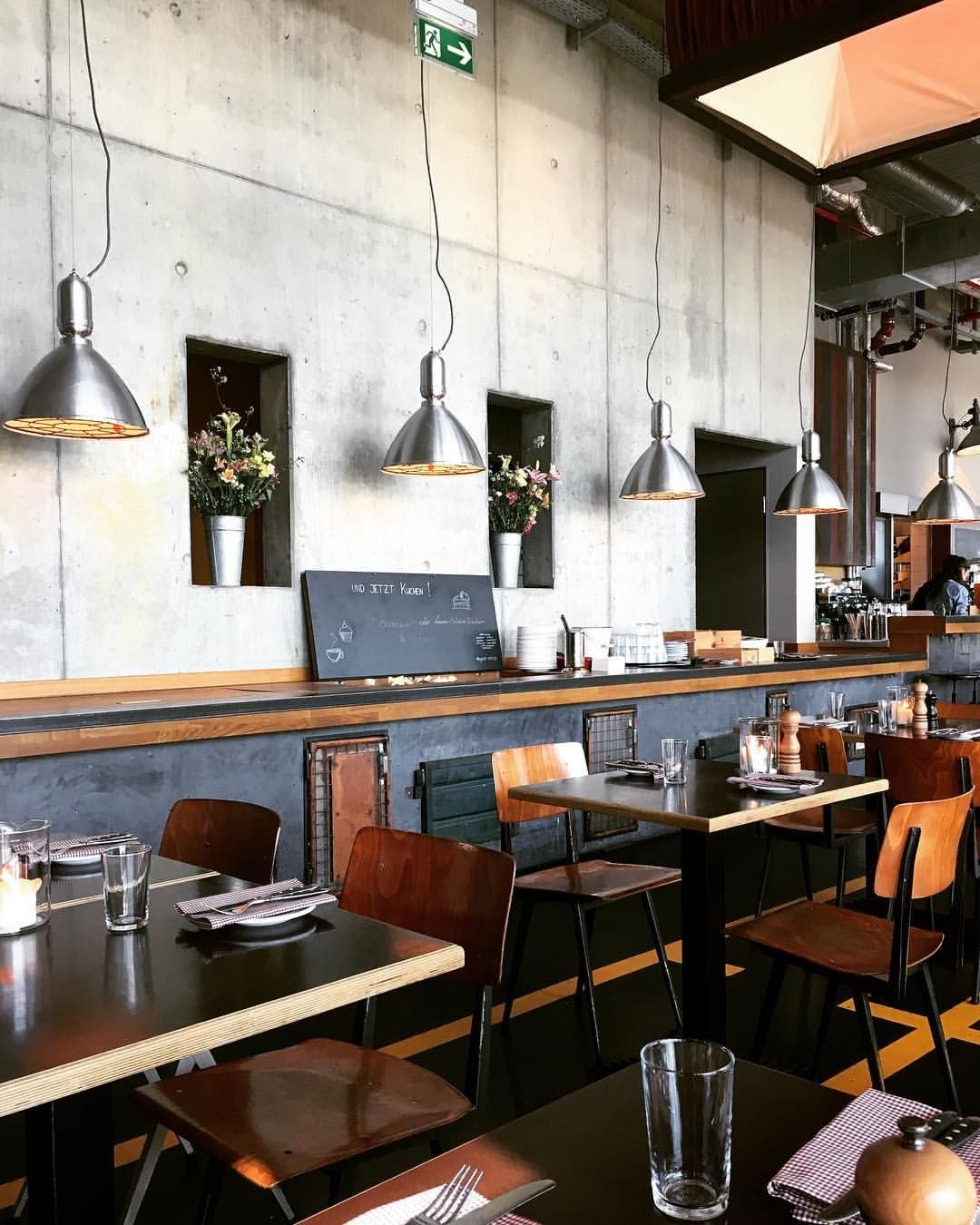 Heimat Kueche Bar Hamburg Germany