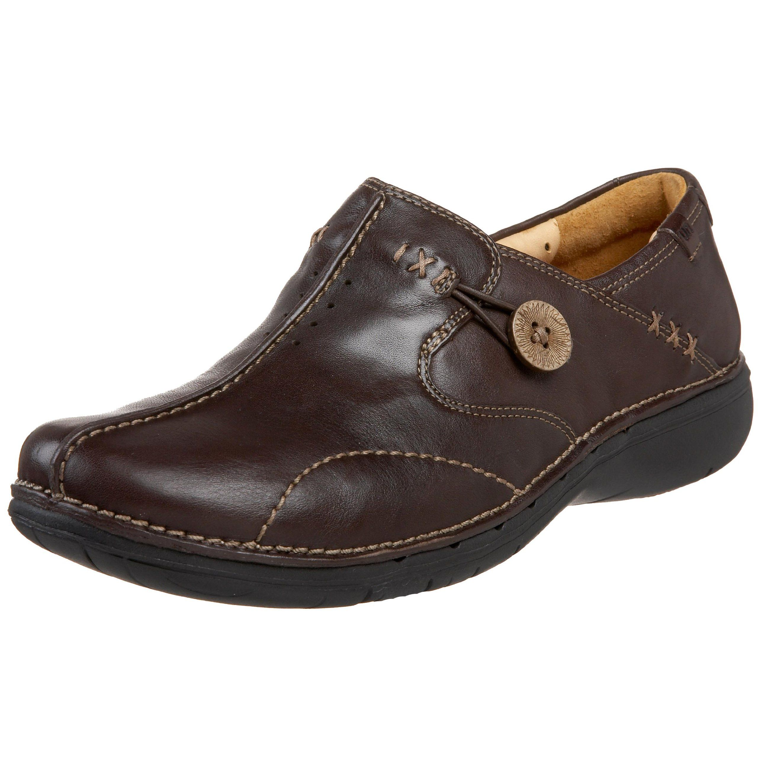 c1977b1a Amazon.com: Clarks Unstructured Women's Un.Loop Slip-on: Loafers Shoes:  Clothing