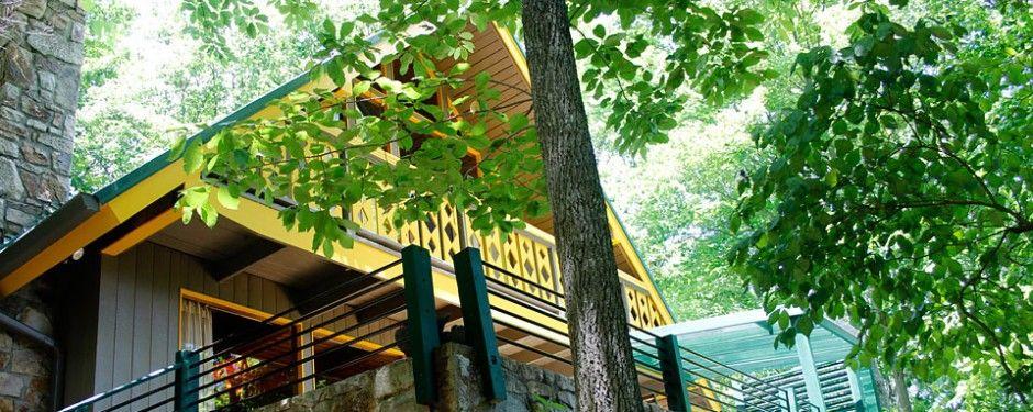 Shaggin Chalet Gatlinburg | Retro vacation rental cabin in Gatlinburg, Tennessee