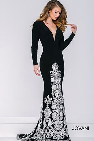 Red carpet worthy #Jovani 33647