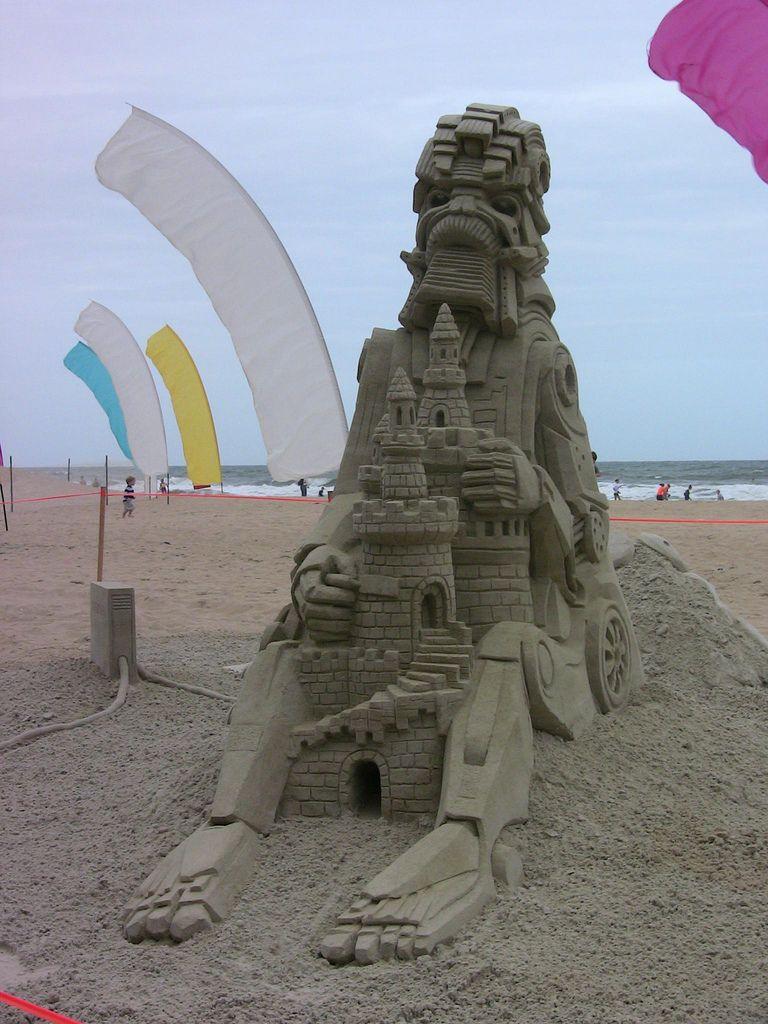 Virginia Beach End Of Summer Sandcastle Compeion By Mccready
