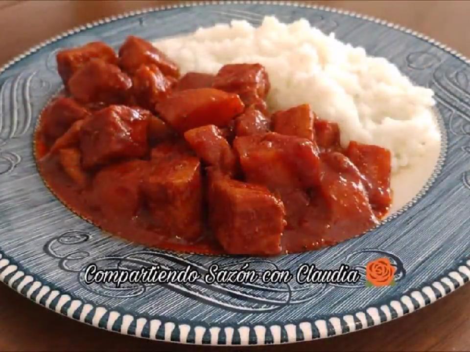 Carne De Puerco Con Papas En Adobo Receta De Compartiendo Sazón Con Claudia Receta Carne De Puerco Recetas Carne De Puerco Adobo De Puerco