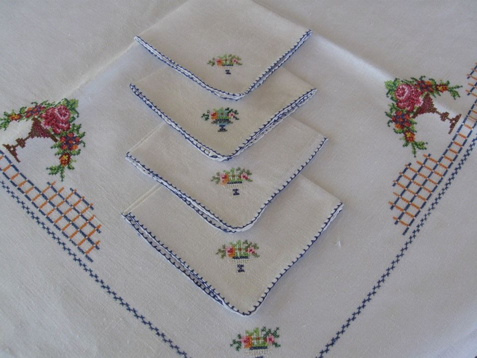 Pineapple House Antiques ~ Vintage Cross-Stitch Tablecloth & Napkins!