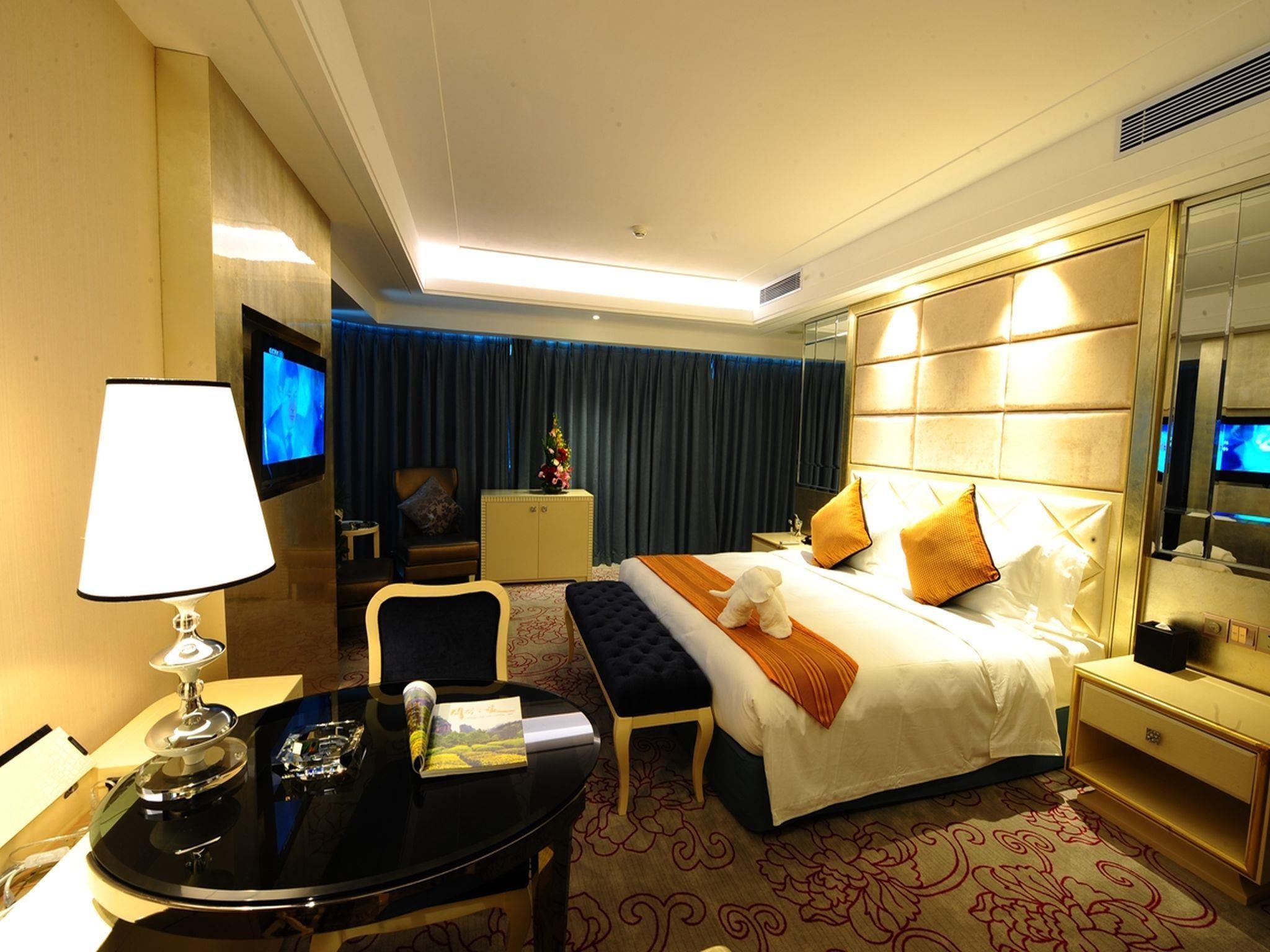 Beauty Crown Grand-Tree Hotel Sanya, China