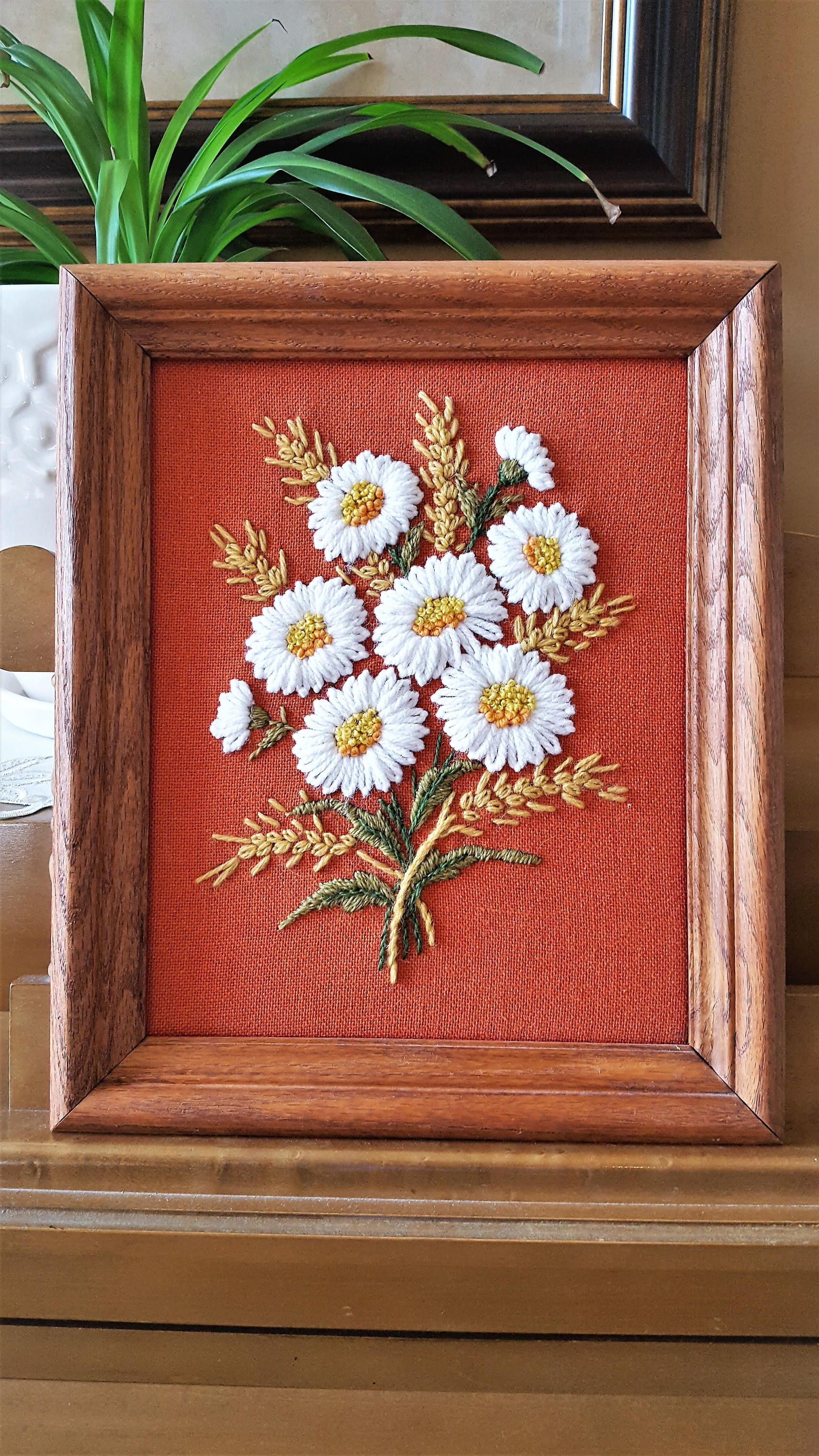 For Sale Vintage Framed Floral Crewel Embroidery Wall Decor By Sodarnedvintage On Etsy Embroidery C Embroidery Wall Art Framed Embroidery Crewel Embroidery