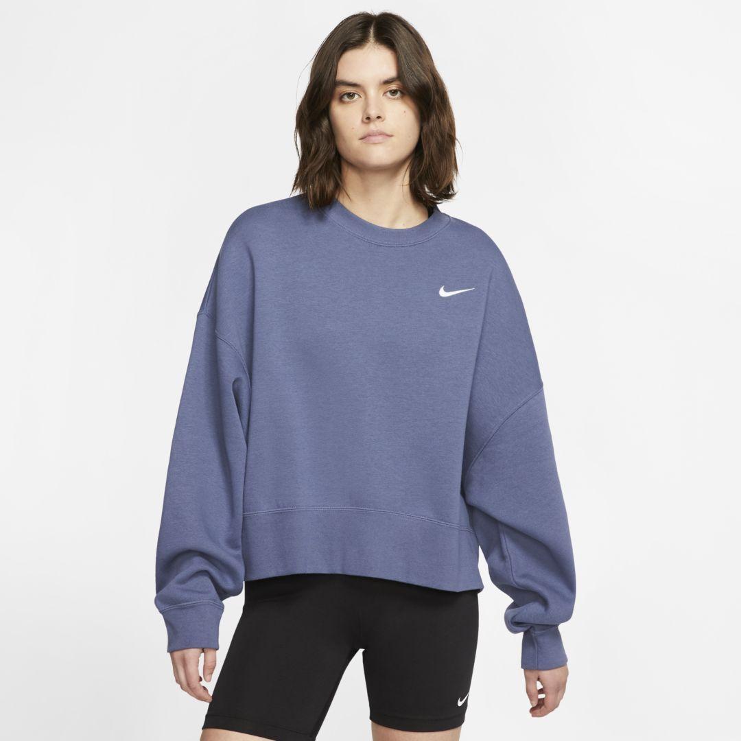 Nike Sportswear Essentials Women S Fleece Crew Diffused Blue Womens Fleece Nike Women Outfits Nike Sportswear Women [ 1080 x 1080 Pixel ]