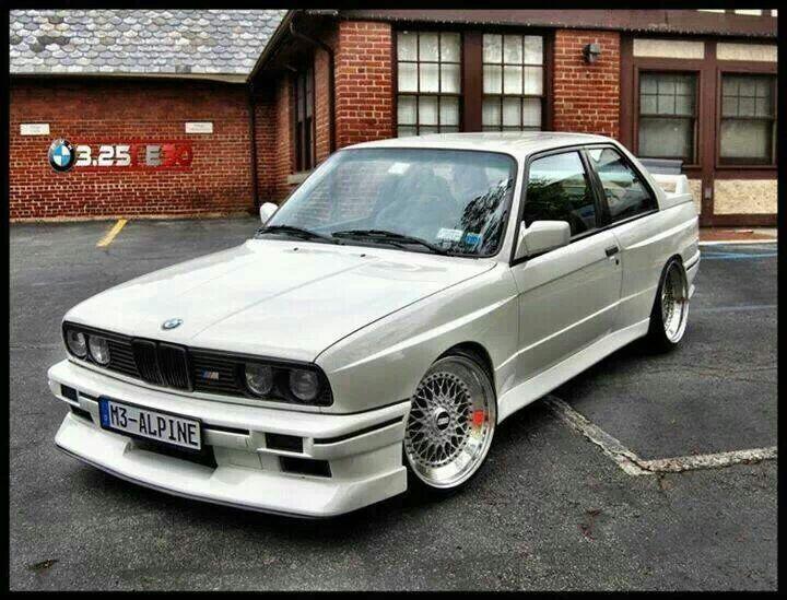 Bmw E30 M3 In Alpine White With Images Bmw E30 Bmw E30 M3 Bmw