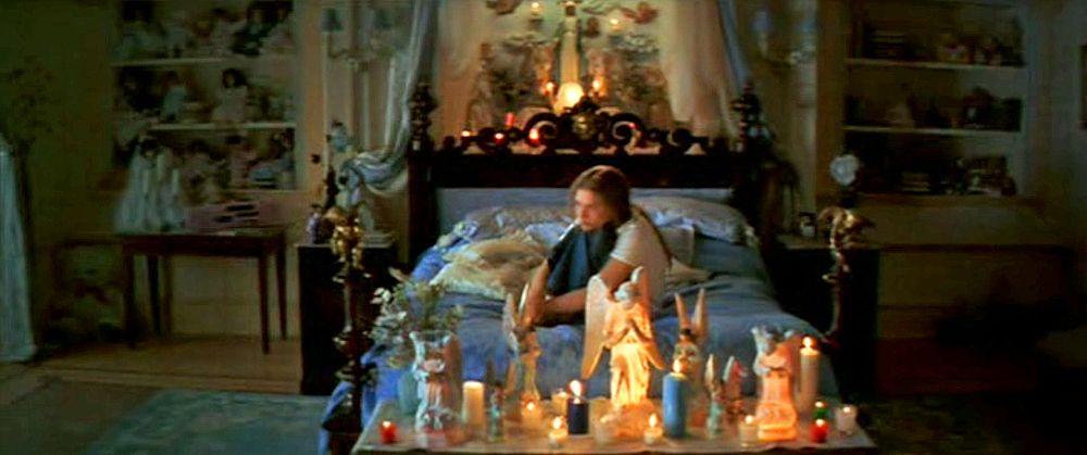 Juliet S Room Romeo And Juliet Teenage Bedroom Romeo Juliet 1996