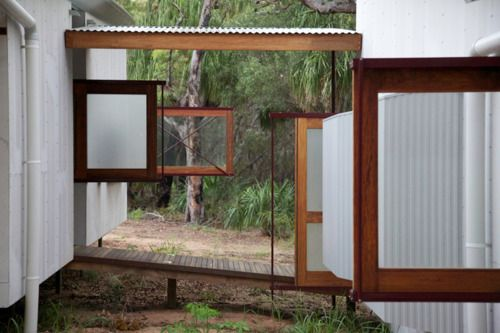 Drew House By Australian Firm Simon Laws Anthill