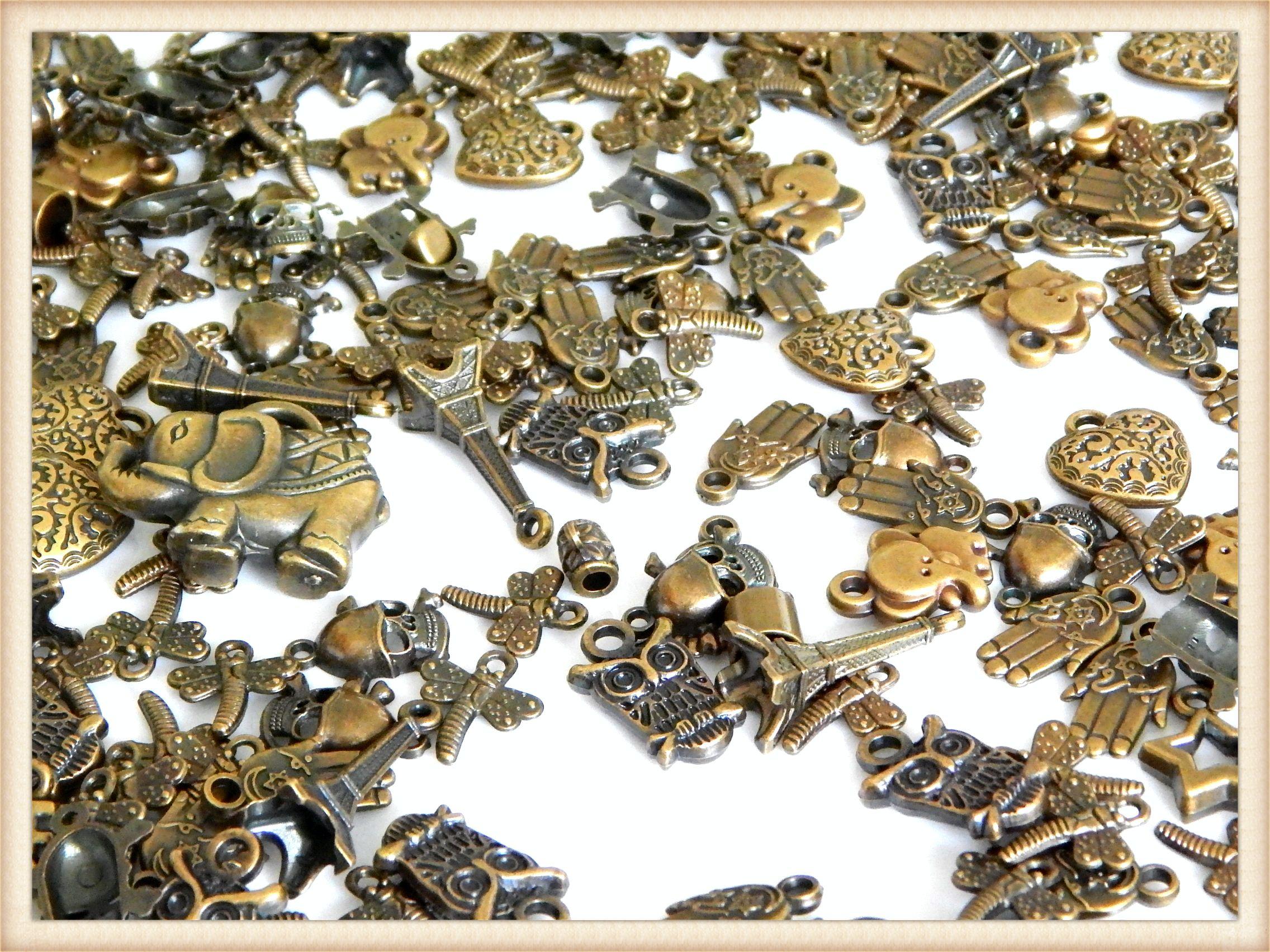 6290ce64733e DPMOV01 Dijes a granel de Plastimetal color oro viejo, ideales para ...