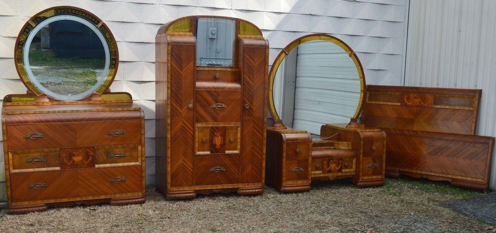Art Deco Waterfall Bedroom Chifforobe With Desk Dresser Dressing Table Full Bed Art Deco Bedroom Furniture Art Deco Bedroom Antique Furniture Makeover