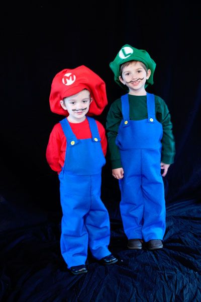 Mario Luigi and Toad Halloween Costumes - Making the World Cuter  sc 1 st  Pinterest & Mario Luigi and Toad Halloween Costumes | Halloween Fun | Pinterest ...