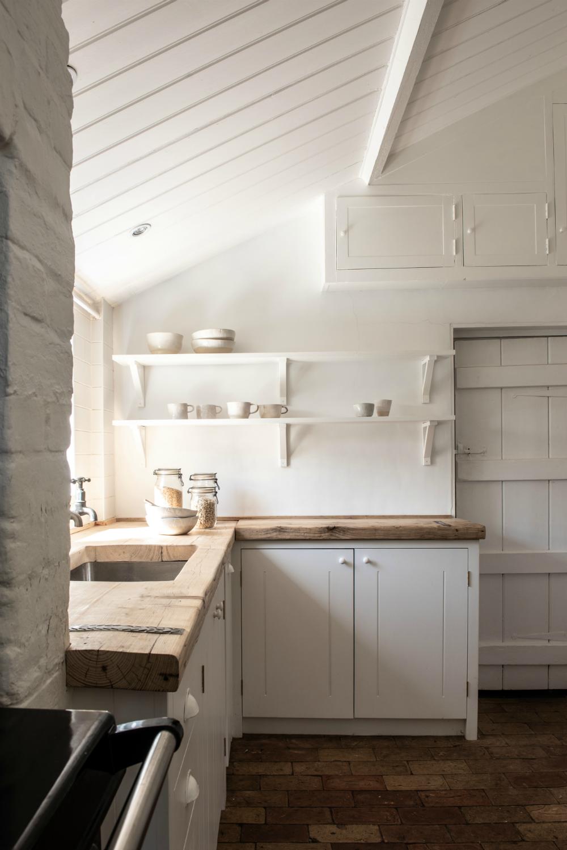 IP12 Case Study   British Standard Cupboards #kitcheninspiration #rustichomedecor #traditionalkitchen