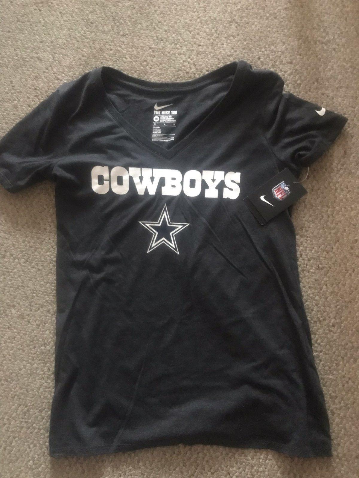 Brand New Dallas Cowboys Nike Women S Shirt Medium Nike Shirts Dallas Cowboys Women Womens Shirts [ 1600 x 1200 Pixel ]