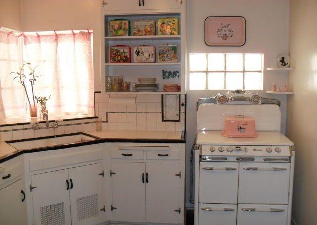 Vintage Original Condition 1940 Home House Phoenix Arizona Cabinets Kitchen  Adorable Stove!