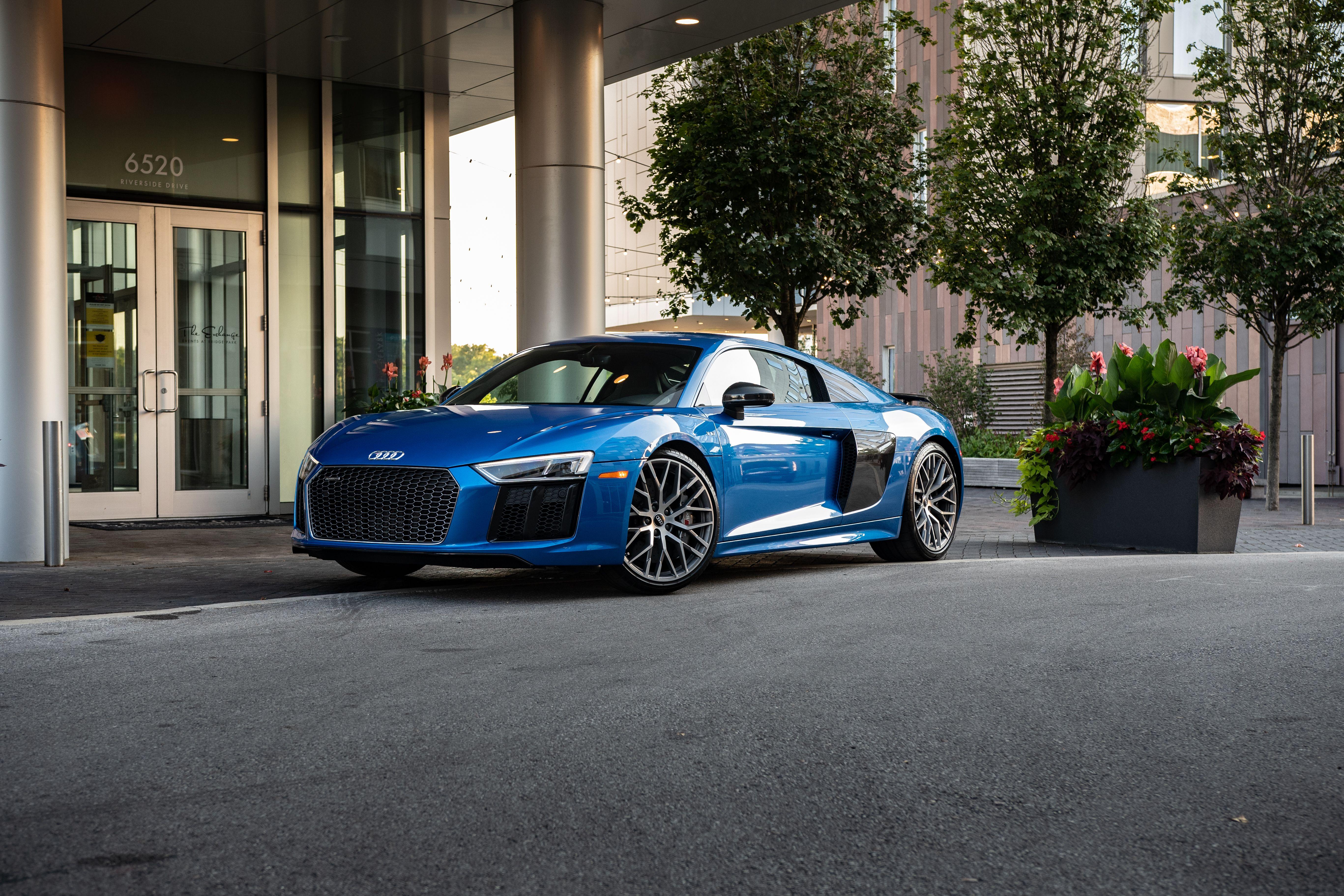 Audi R8 V10 Plus Audi R8 V10 Plus Audi R8 Audi R8 V10