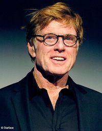 Robert Redford reçoit la Légion d'honneur - Elle #hollywoodmen