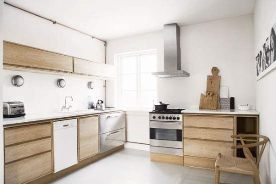 Best Danish Kitchen With Natural Wood Cabinetry Sleek 400 x 300