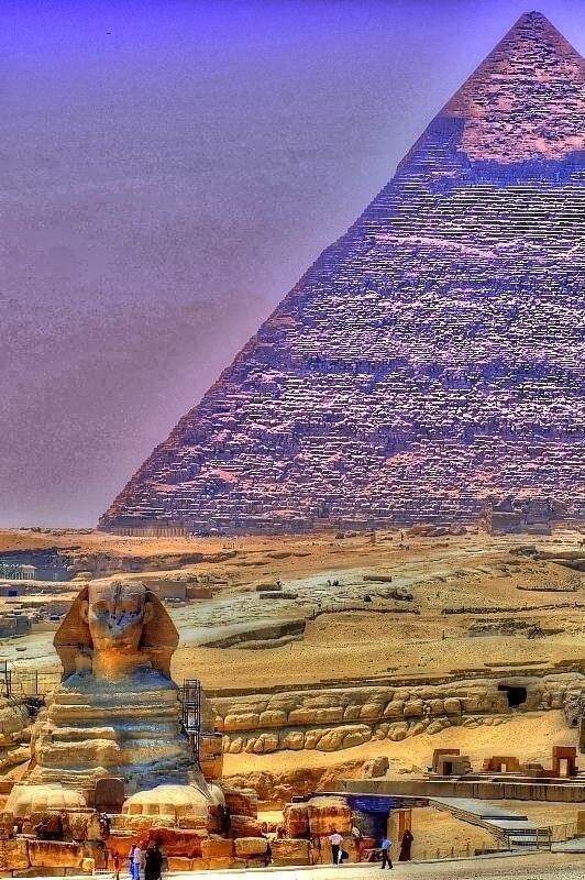 khafre pyramid sphinx at giza egypt egyptian art sculpture