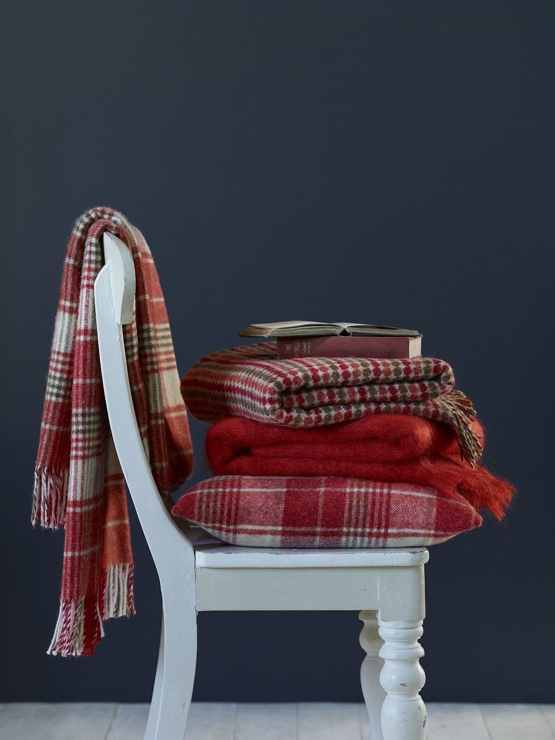 Cosy terracotta throws, wool blankets by Bronte by Moon (An #AutumnFair exhibitor)
