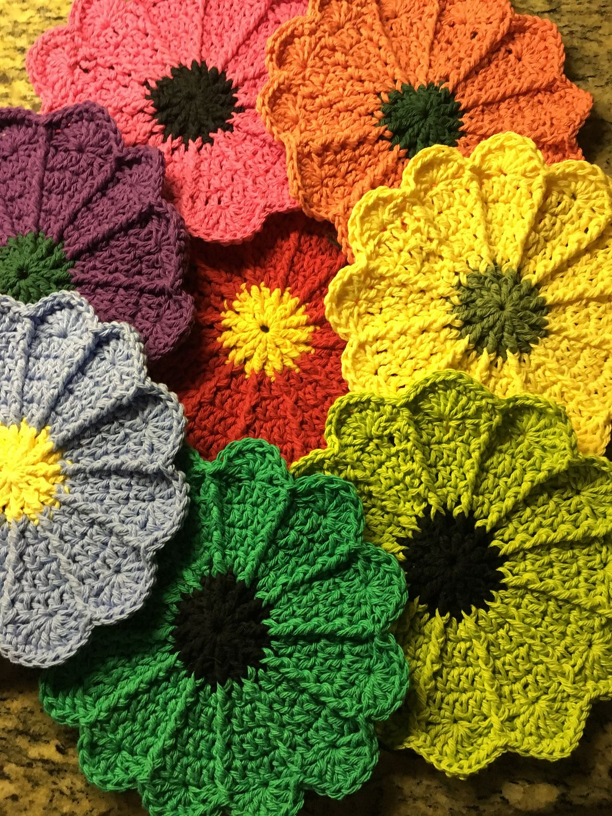 Scalloped Potholder By Priscilla Hewitt - Free Crochet Pattern ...