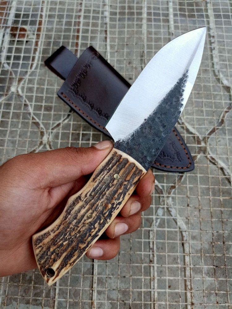 Knives Zone Custom Handmade Hand Forged 1095 Steel Hunting Skinning Stag Horn Knife Skinning Knife Knife 1095 Steel Knives