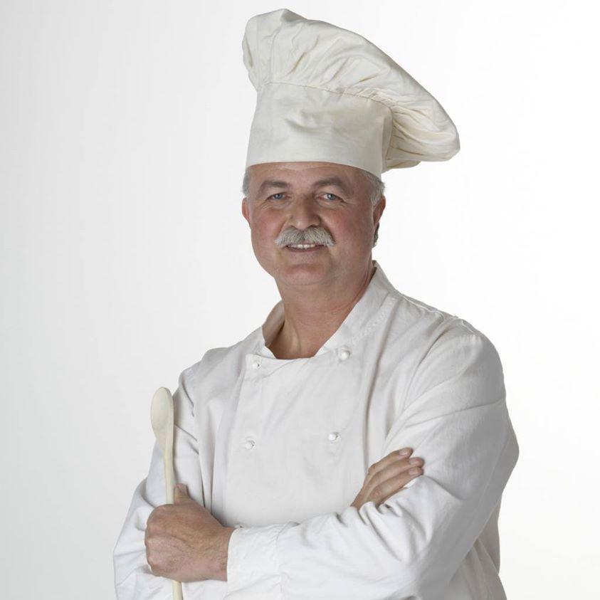 طاهى ṭahi Cook Example Raʾis Al ṭuhah ر ئيس الط هاة Head Cook Mens Tshirts Mens Tops Men