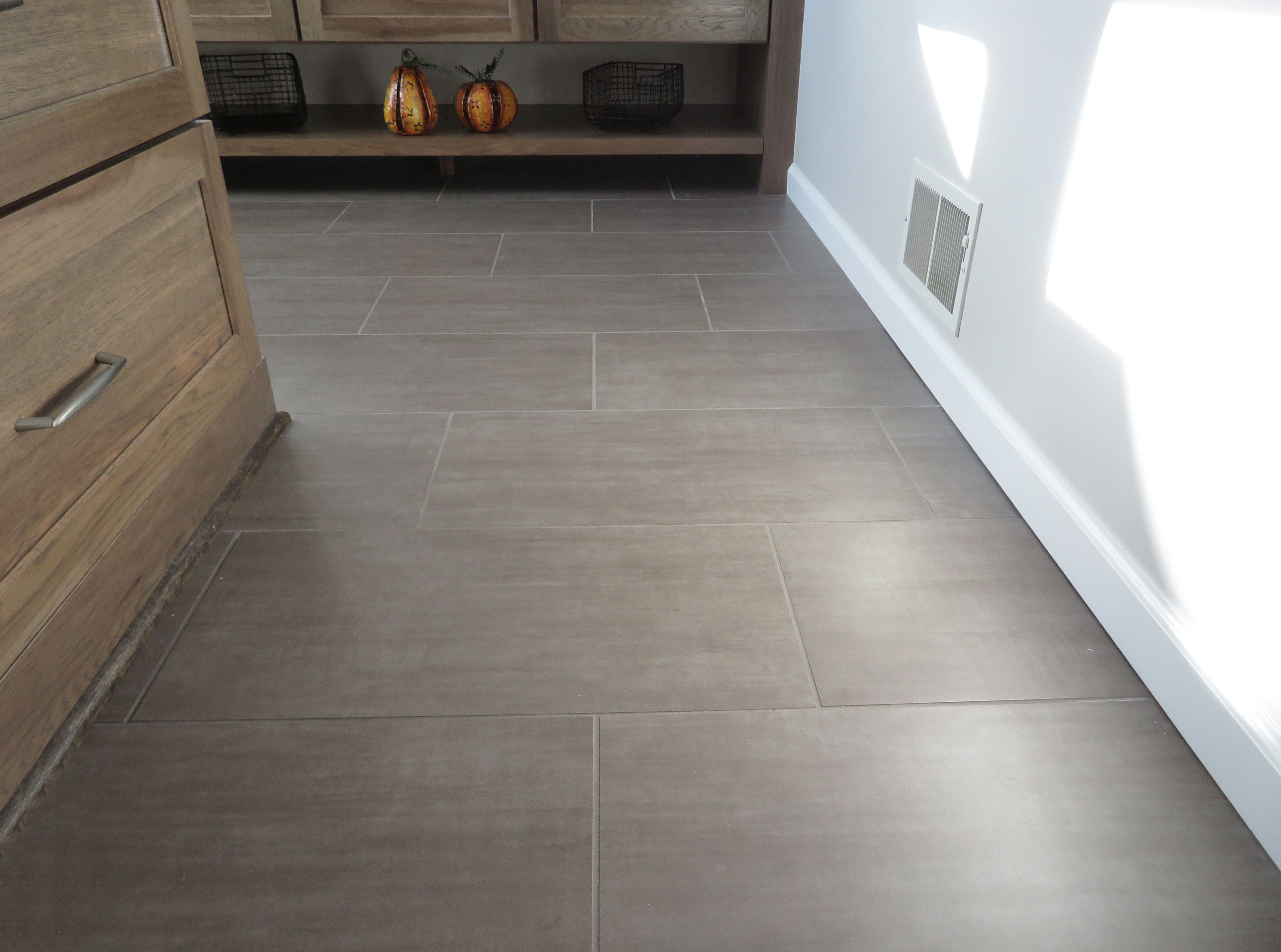 How To Get A Straight Line For Floor Tiles