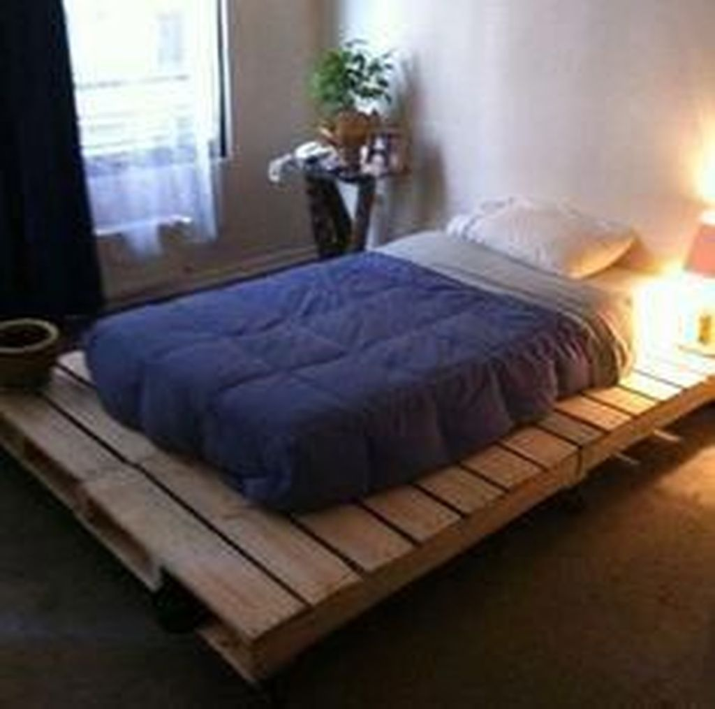 35 Stylish Diy Pallet Bedroom Design Ideas To Try Di 2020 Mebel