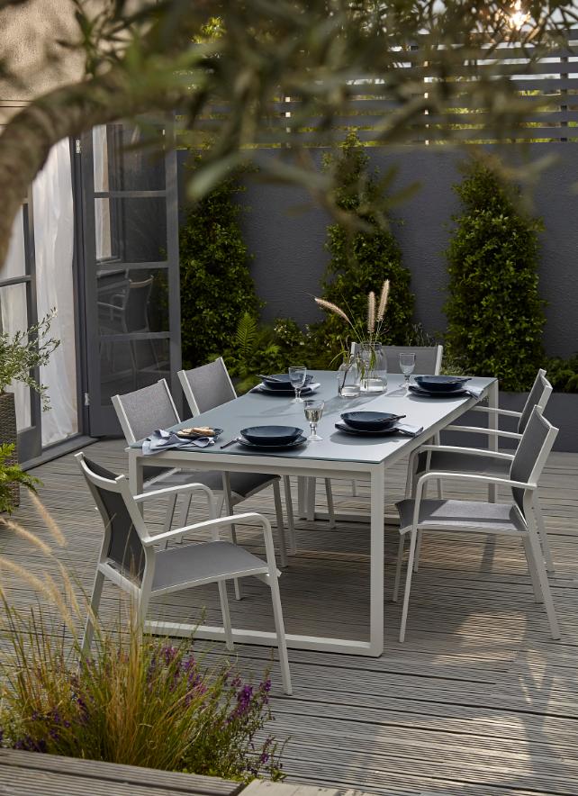 Table de jardin métal et verre rectangulaire Blooma Riccia grise 200 ...