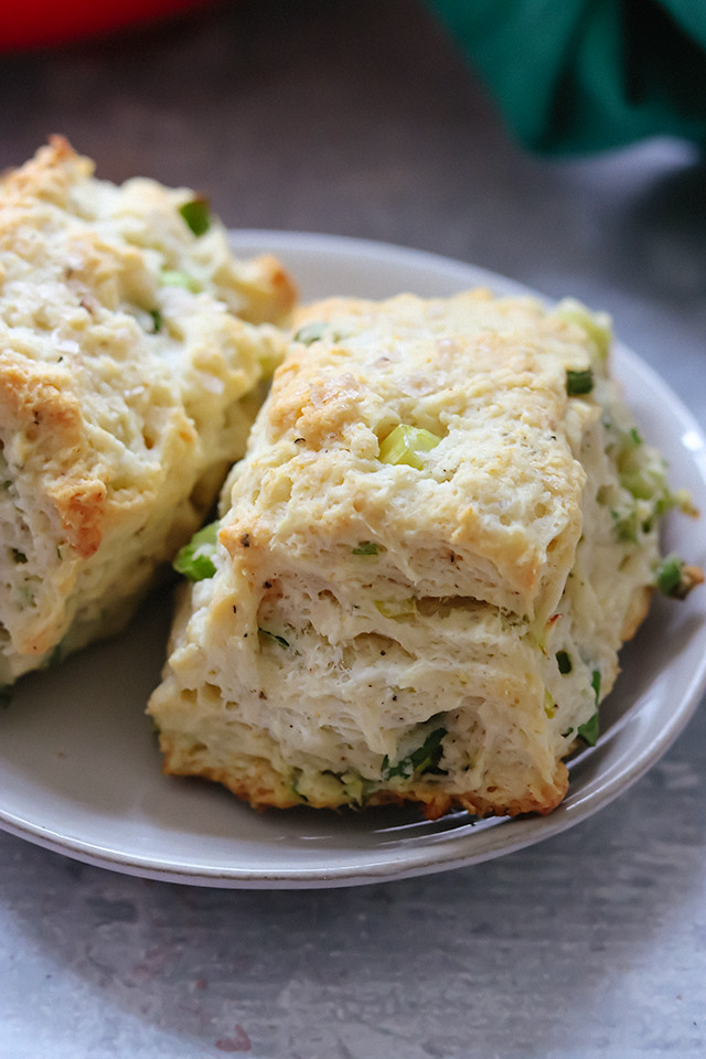 Sour Cream And Onion Biscuits Joanne Eats Well With Others Recipe In 2020 Sour Cream And Onion Sour Cream Biscuits